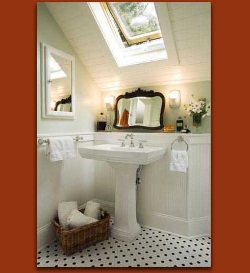 Donna DuFresne Design traditional-bathroom