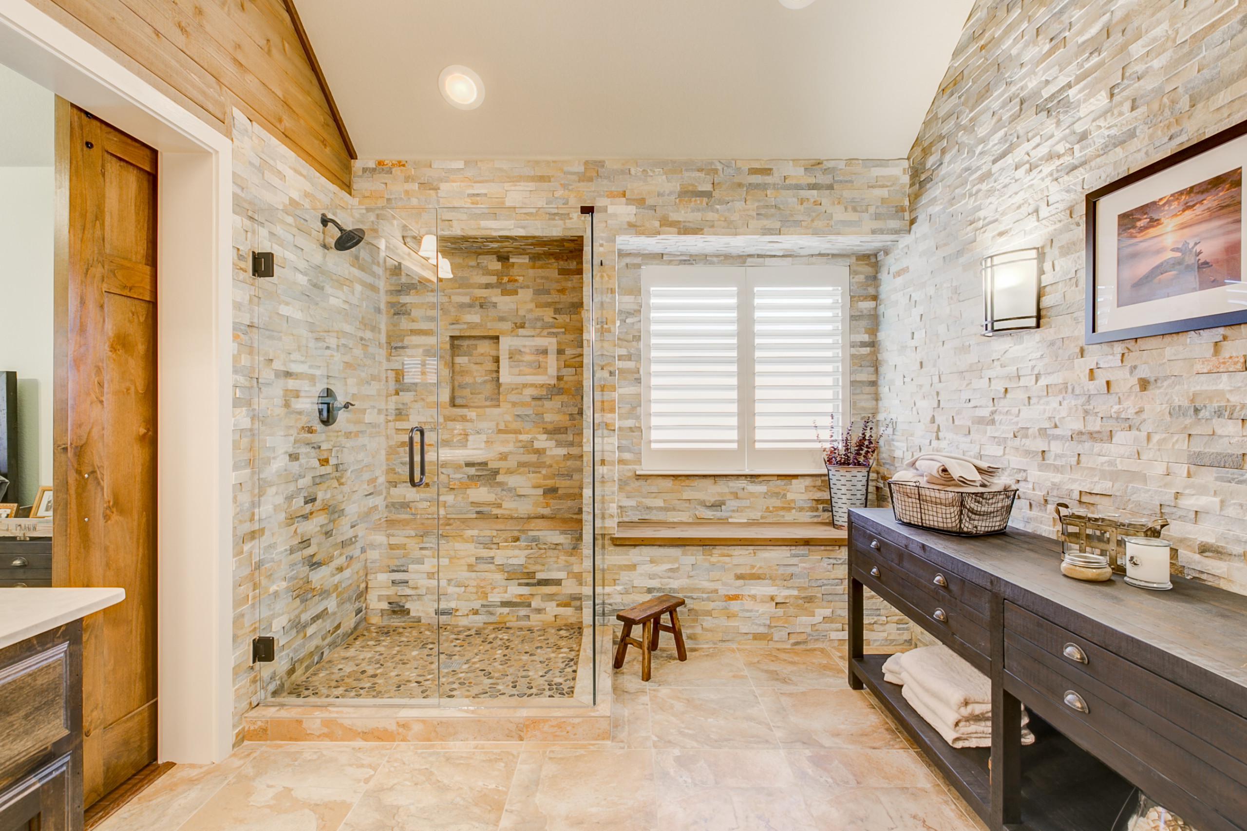 Donovan Ct - Master Bath & Guest Bath Remodel