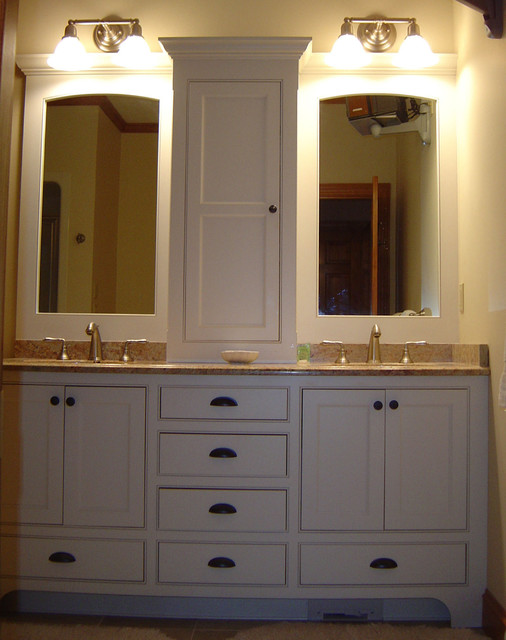Double Vanity With Lots Of Storage