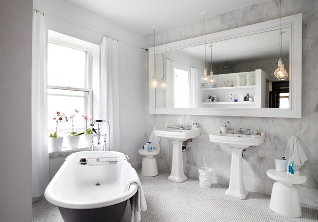 Dovercourt Home - Contemporary - Bathroom - Toronto - by Lisa Petrole Photography
