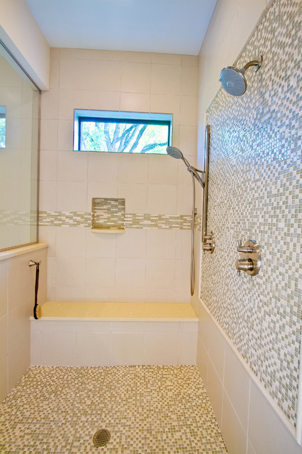 Downtown zionsville traditional bathroom for Small bathroom tile ideas by mansur ganteng