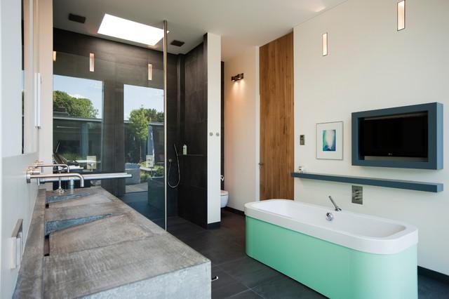 Dutch Kitchens contemporary-bathroom