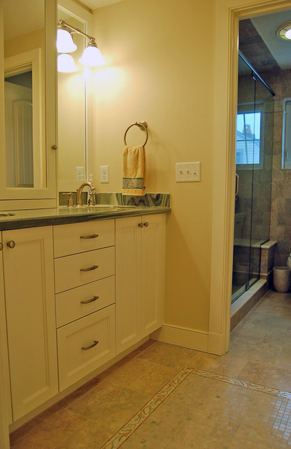 Duxbury Beach beach-style-bathroom