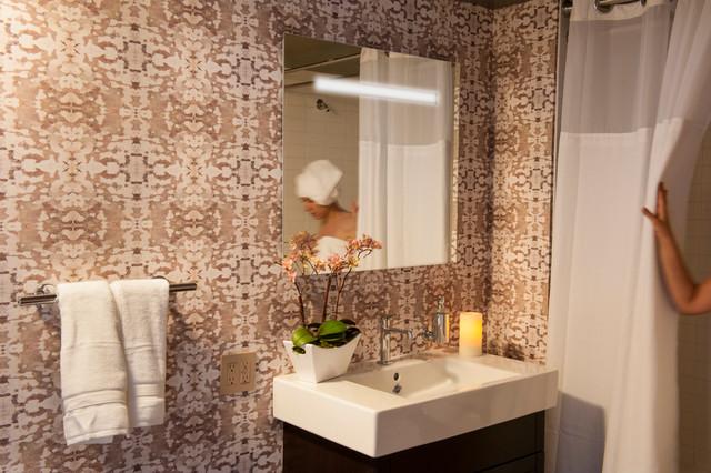 Dwell magazine met loft showcase apartment for Dwell bathroom designs