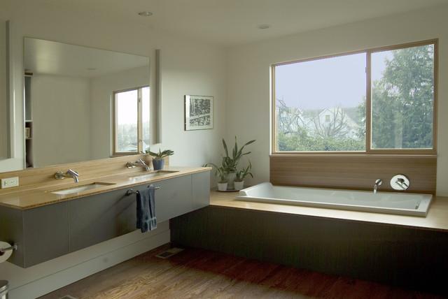 Dyna Bathrooms bathroom