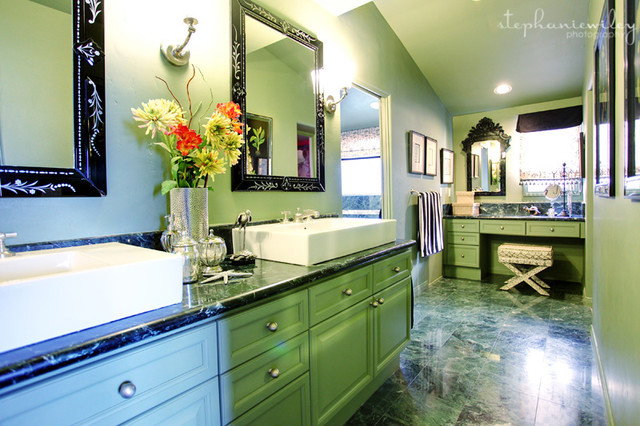 Eclectic & Colorful eclectic-bathroom