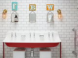 15 Bright Ideas for Kids' Bathrooms (14 photos)