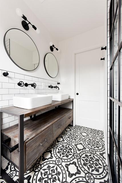 Eclectic Industrial Bathroom Remodel Industrial Badezimmer Washington D C Von Schmauder Group Houzz