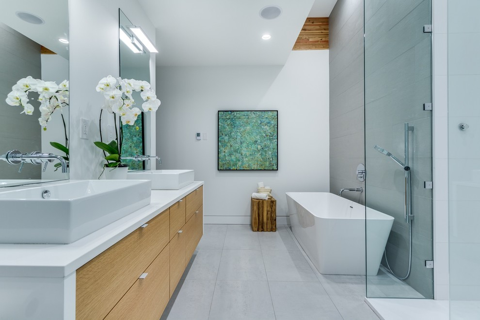 Edgemont Residence, North Vancouver - Contemporary ...