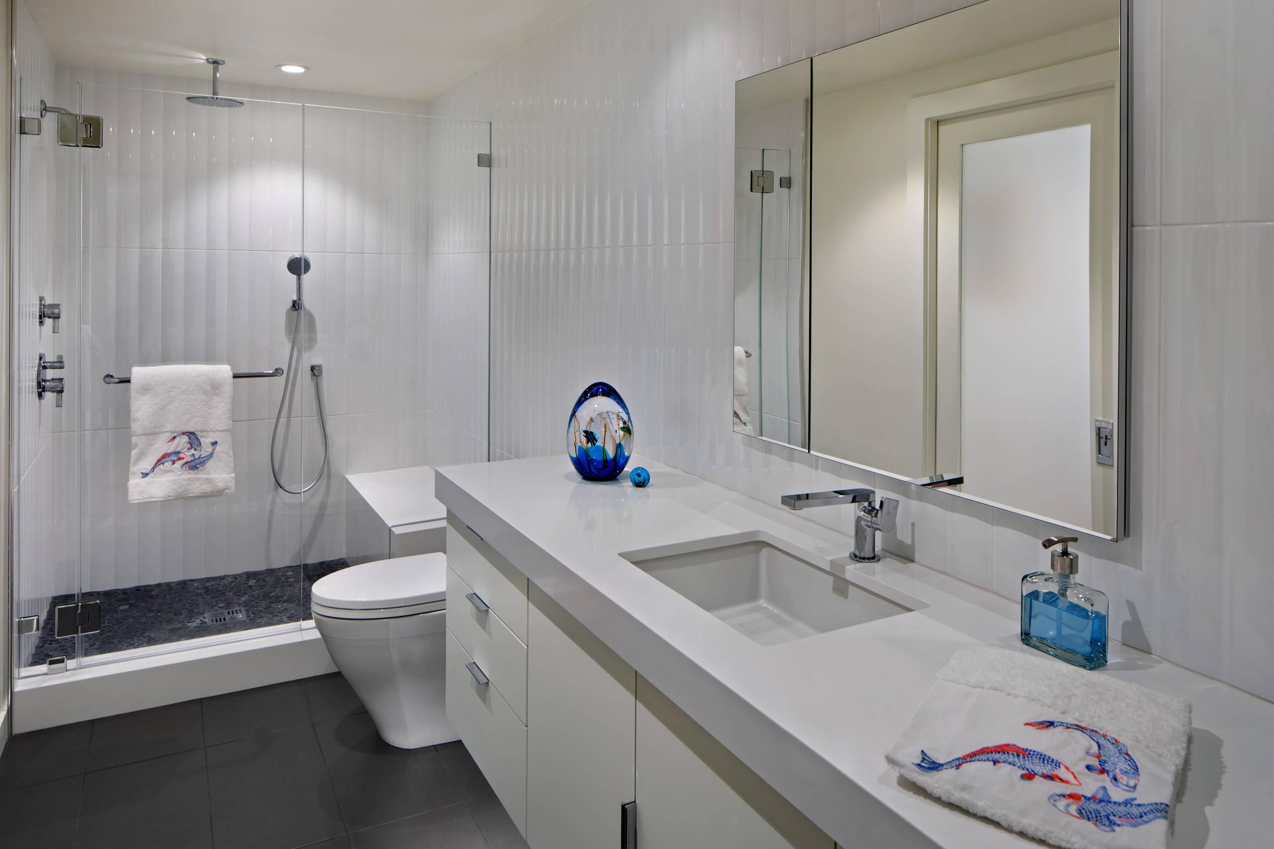 El Arroyo - modern bath