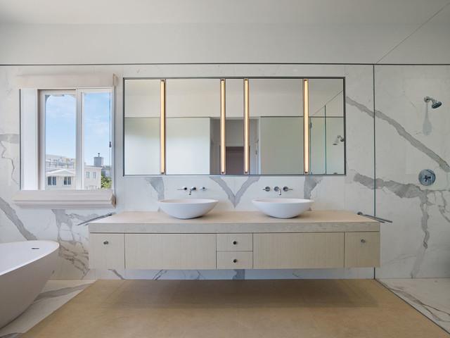 El Camino Residence modern-bathroom