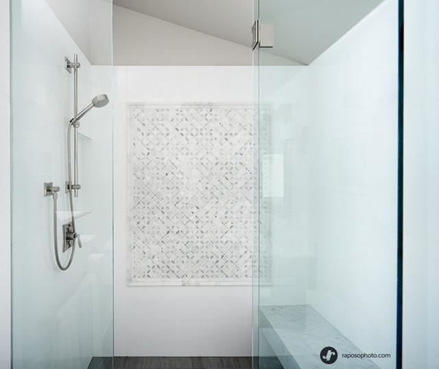 Elegant Bianco Carrara Marble Transitional Bathroom Toronto By York Fabrica Inc