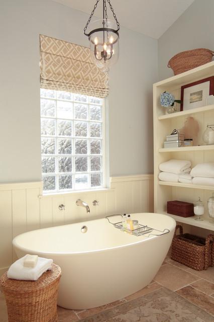 Elegant Cottage Bathroom Traditional Bathroom