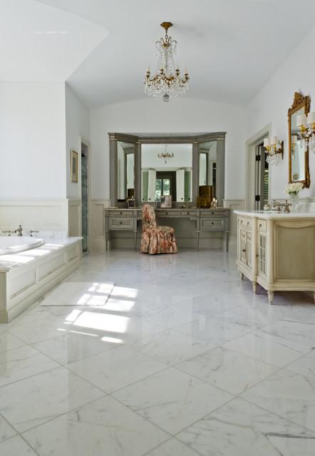 Terrell Hills, San Antonio, Texas traditional-bathroom