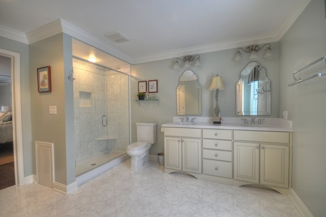 Master bathroom ideas houzz for Elegant master bathroom ideas