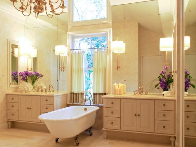 Elegant master bath in san antonio by bradshaw designs for Elegant master bathroom designs