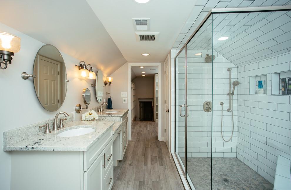 Bathroom photo in DC Metro