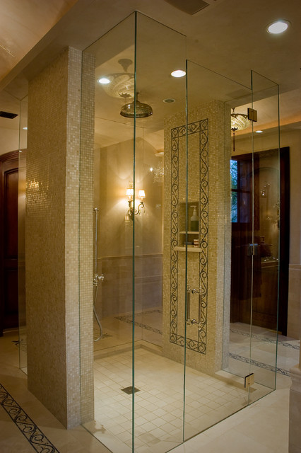 Elegant master bathroom for Houzz bathrooms traditional