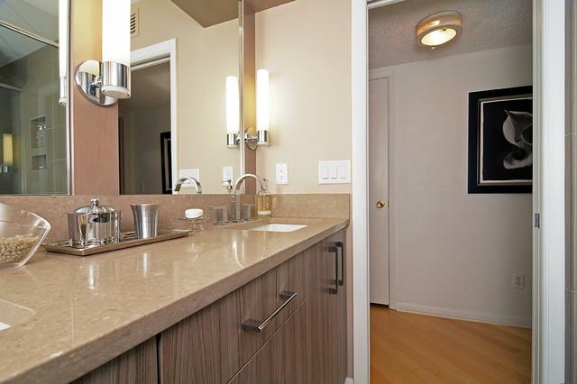 Elegant modern bath modern bathroom orlando by s w for Bathroom decor orlando