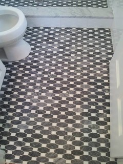 Elongated Octagon And Dot Pattern Bathroom Floor