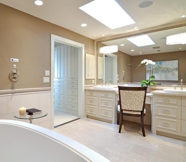 en suite traditional-bathroom