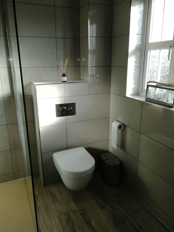 En-suite Wetroom (White)