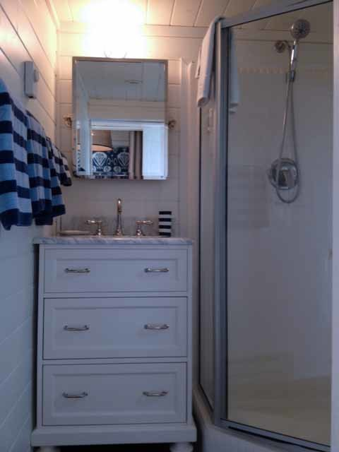Elegant bathroom photo in Phoenix