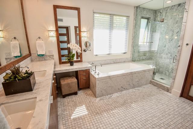 Encino Contemporary contemporary-bathroom