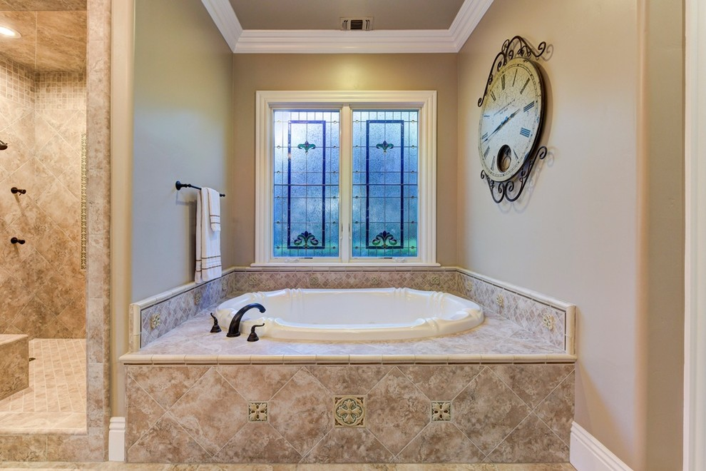English Country - Wichert Spec 1 - Traditional - Bathroom ...
