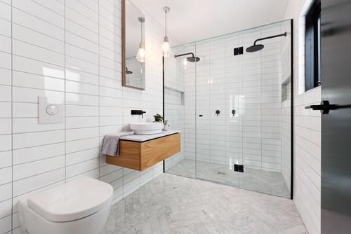 double shower in ensuite bathroom