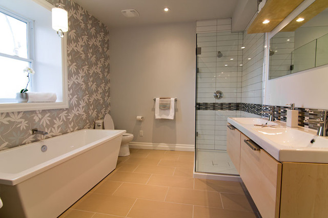 Ensuite bathroom modern bathroom toronto for Ensuite lighting ideas