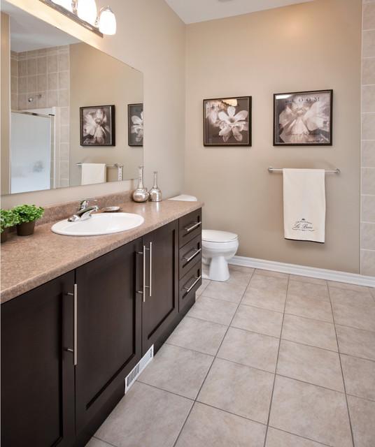 Ensuite | eQ Homes contemporary-bathroom