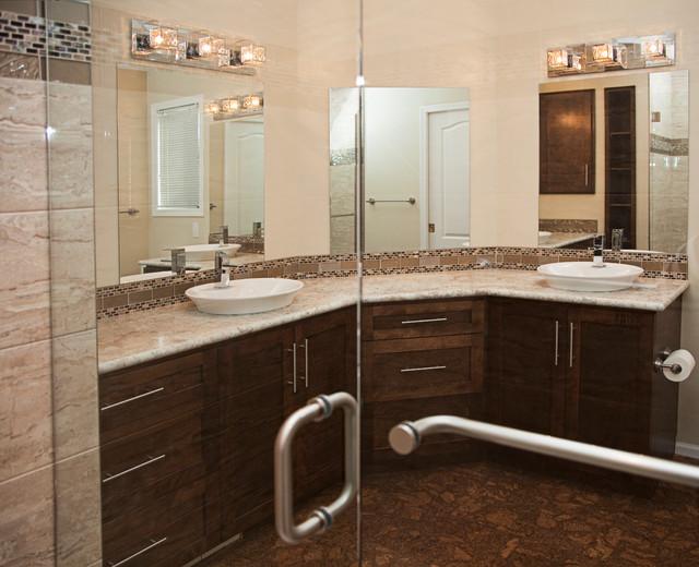 Ensuite Reno contemporary-bathroom