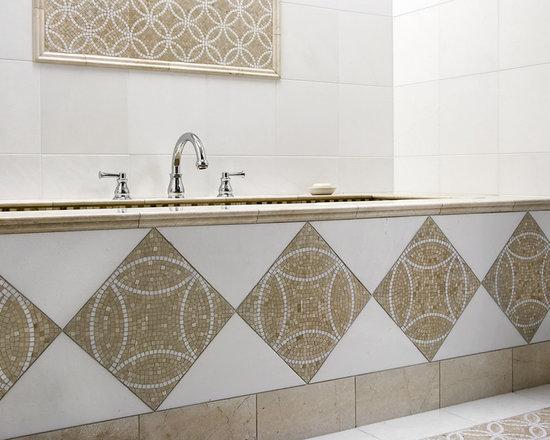 12x12 tile bathroom design ideas pictures remodel decor for Bathroom designs 12x12