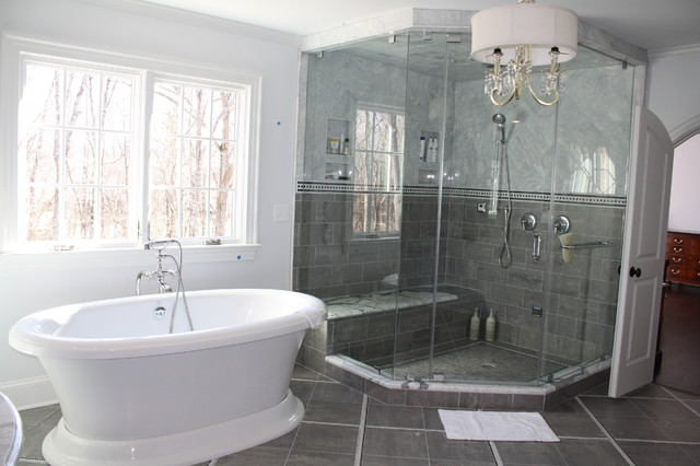 Fabulous, Spacious, and Bright Master Bath with a great layout traditional bathroom