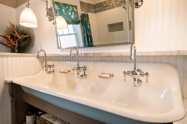 Fall Bathroom: Hall Bath Remodel
