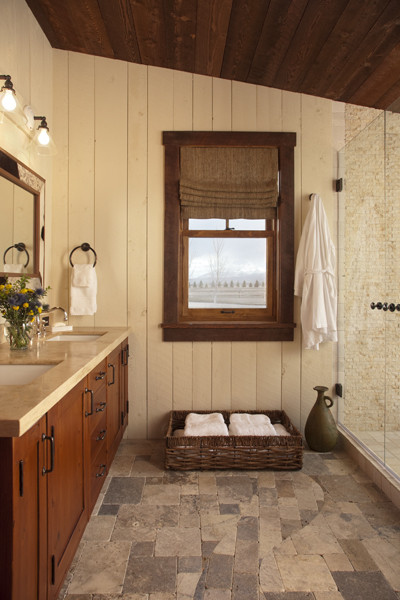 Family Cabin Retreat rustic-bathroom