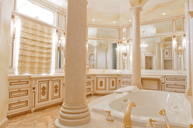 Fancy Bathroom: Fancy White/Gilded Bathroom