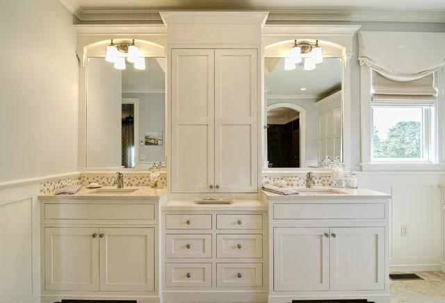 Farinelli Construction Inc traditional-bathroom