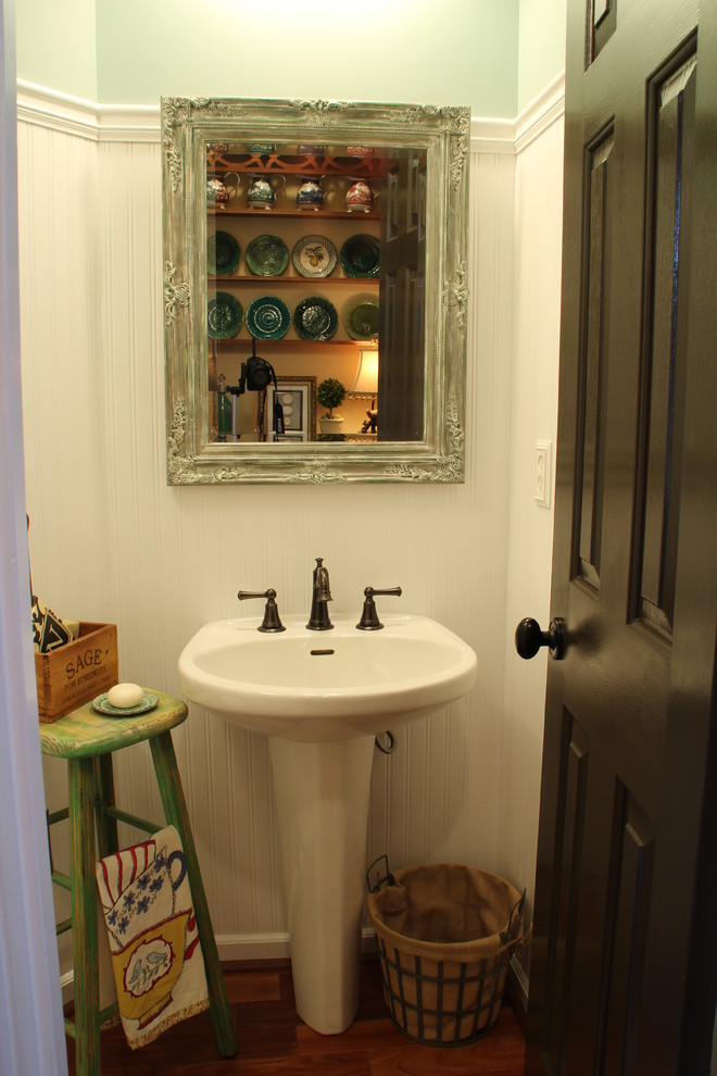 Cottage chic bathroom photo in Atlanta with a pedestal sink