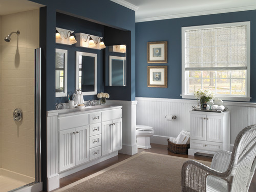 Have been tryihng to find a blue paint to go with white wainscoting