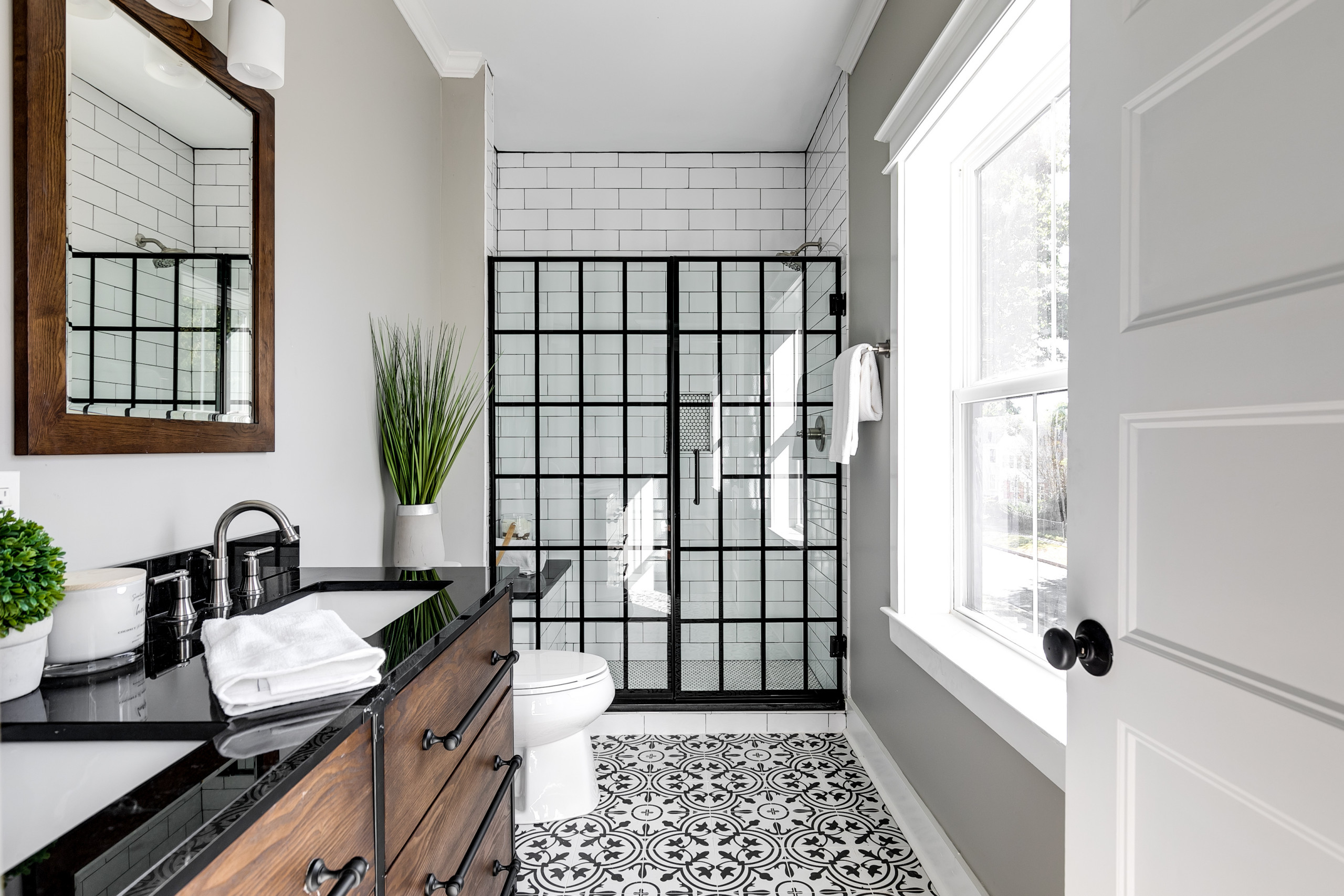 75 Beautiful Green Bathroom Pictures Ideas February 2021 Houzz