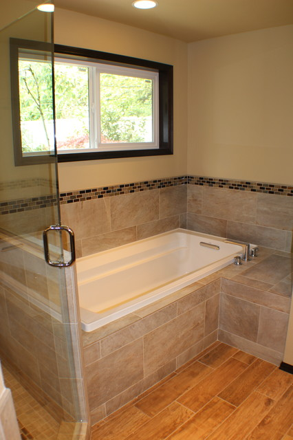 Inspiration for a craftsman bathroom remodel in Seattle