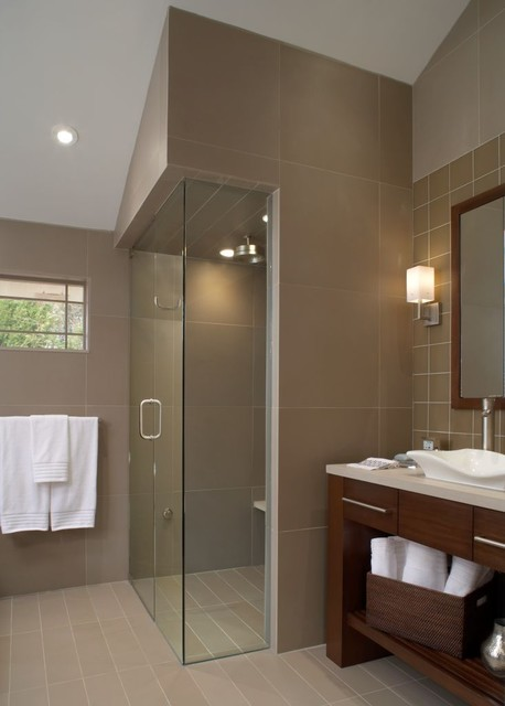 Feng Ciao Contemporary Bathroom Detroit By Xstyles Bath - Contemporary bathrooms vaulted ceiling
