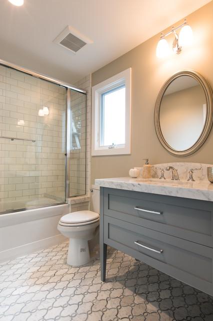 ... Beach Style - Bathroom - Orange County - by Denise Morrison Interiors