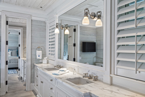 32 coastal bathroom design ideas for Beach cottage bathroom ideas