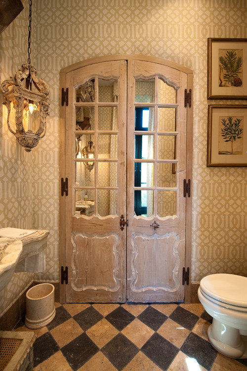 Charmant French Country Bathroom Design