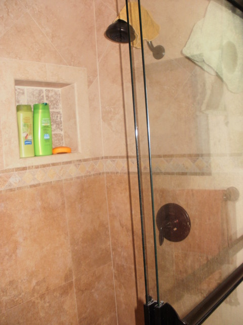 Foothill Ranch traditional-bathroom