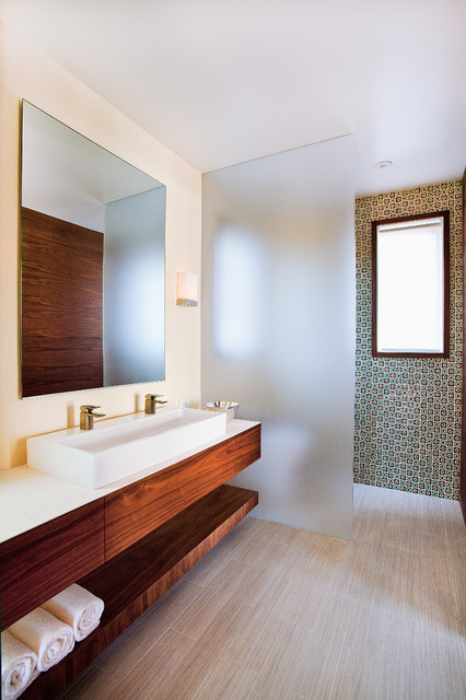Foothills Residence contemporary-bathroom
