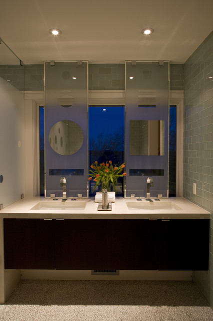 FORMA Design contemporary bathroom